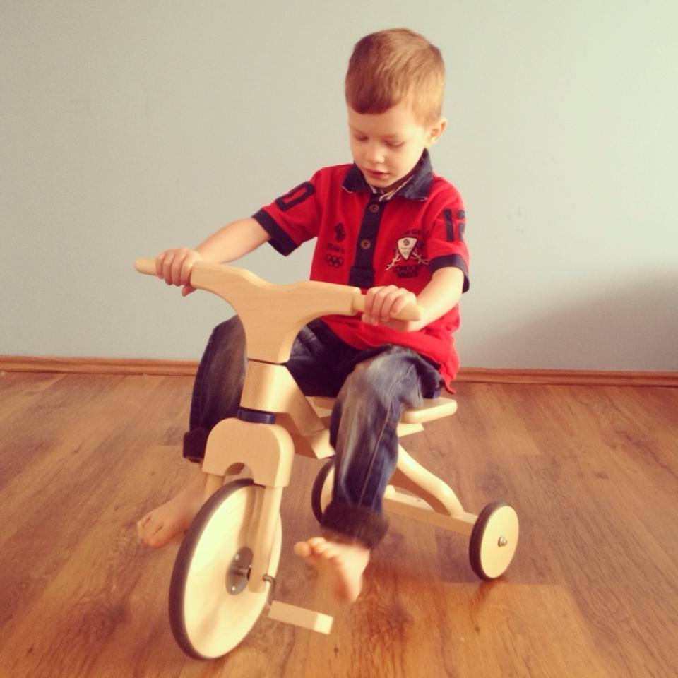 poza 5 - Vlad cu tricicleta