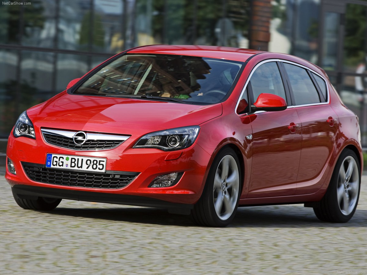 Opel-Astra_2010_1280x960_wallpaper_06