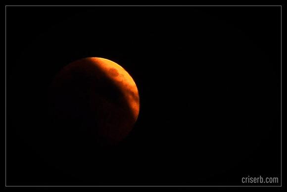 eclipsa-totala-de-luna1
