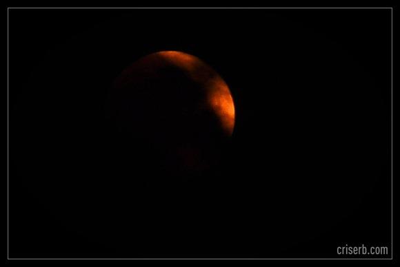 eclipsa-totala-de-luna3