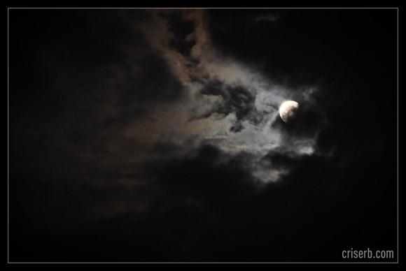 eclipsa-totala-de-luna7