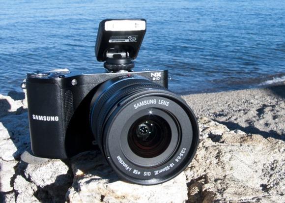 SamsungNX210-011-2