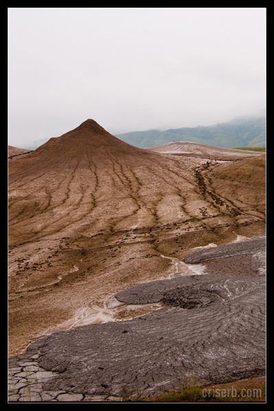 vulcanii-noroiosi-02[6]