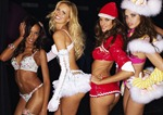victorias-secret-angels-backstage-50