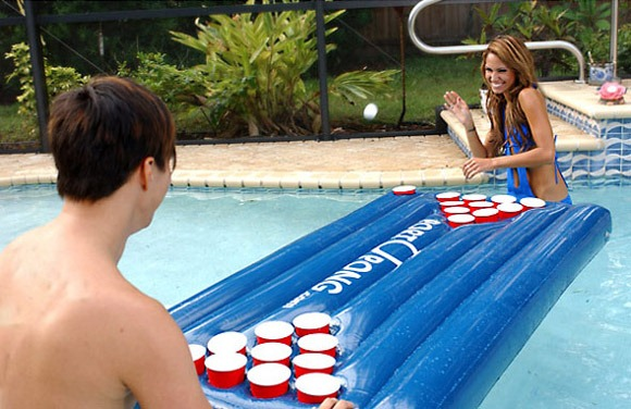 PORTOPONG-Inflatable-Drinking-Tables
