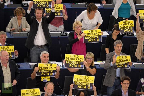 FRANCE-UE-PARLIAMENT-POLITICS-VOTE