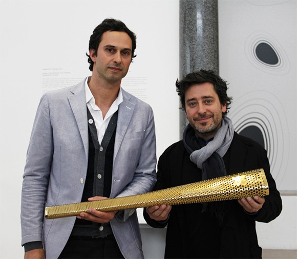 London-2012-Olympics-torch-2