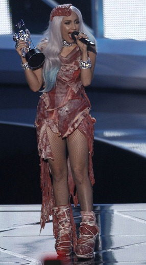 lady-gaga_meat-dress