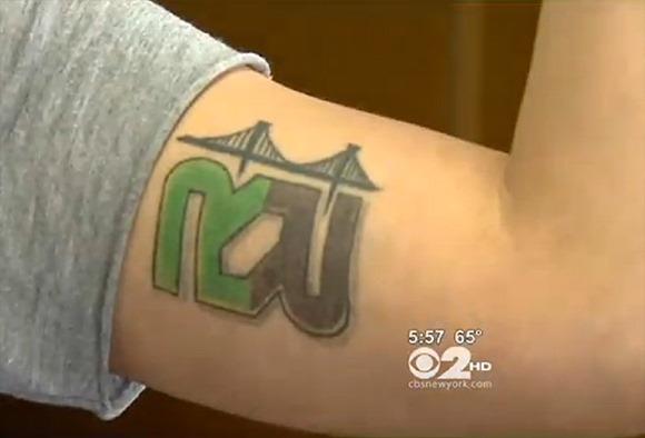 tatuat-pentru-bani